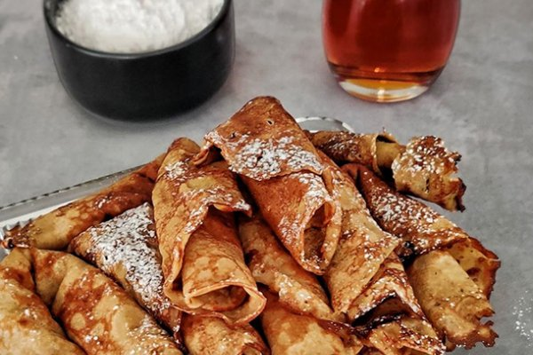 Pandekager med øl og kanel